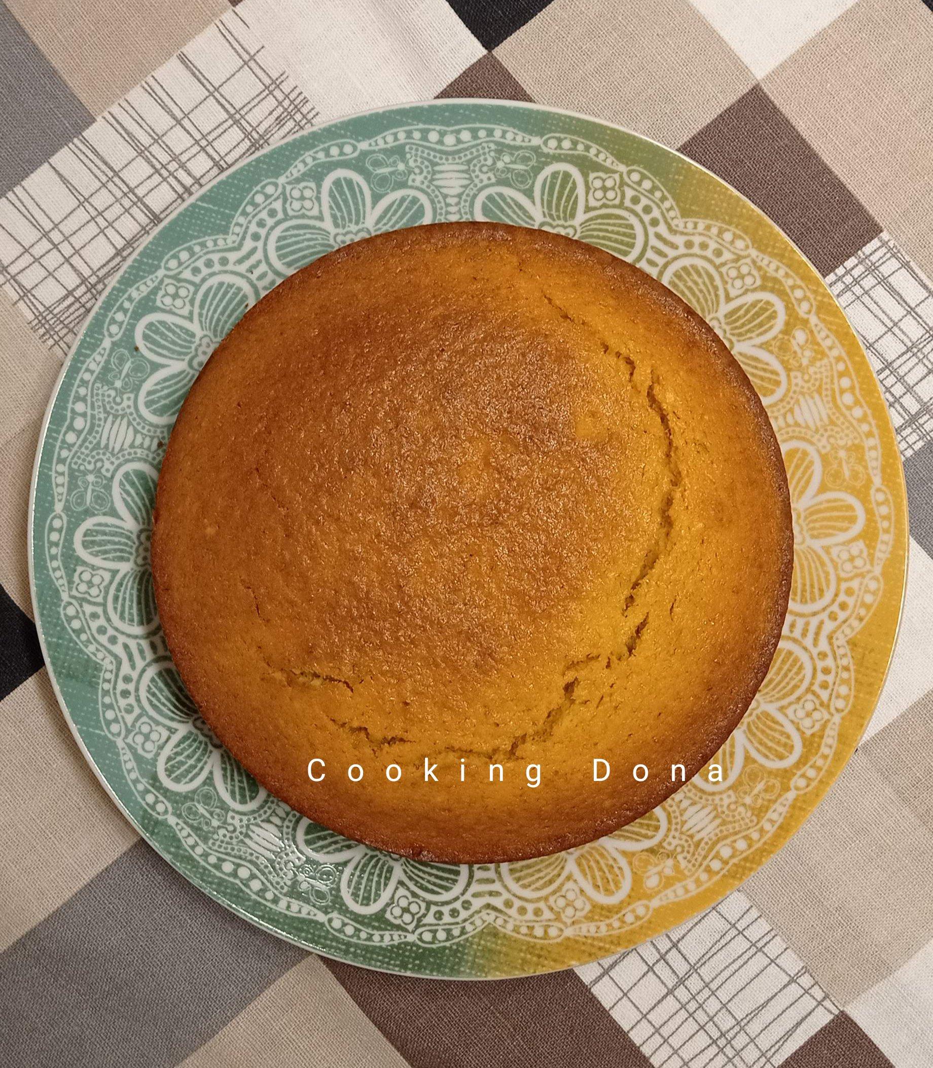 Torta si carote e mandorle al profumo di limone